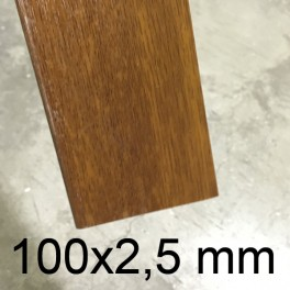Plat PVC chêne doré 100 x 2,5 mm